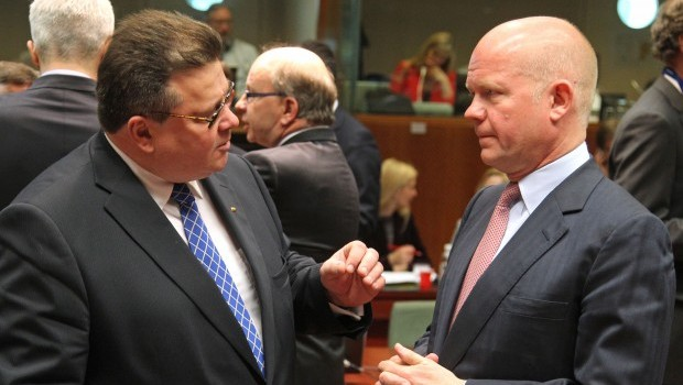 EU discusses arming Syria's rebels