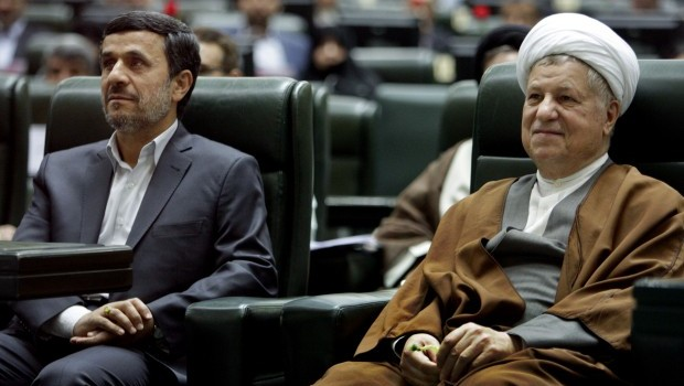 Ahmadinejad determined to continue controversial economic policies
