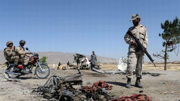 Car bomb kills 12 in southwest Pakistan
