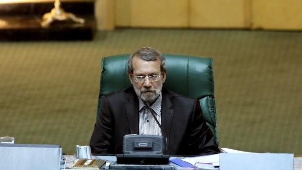 Ahmadinejad faces rocky path to exit