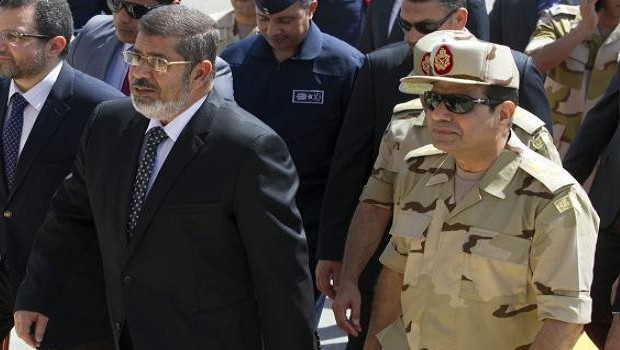 Egyptian army gives politicians a week to solve impasse