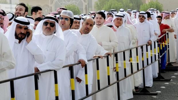 Kuwaitis head to the polls