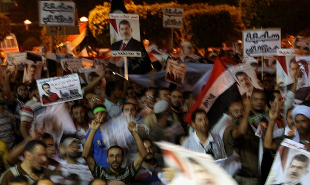 Egypt: Police prepare to end Cairo sit-ins