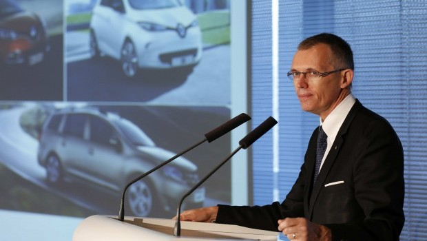 Renault reports weak earnings on Iran write off