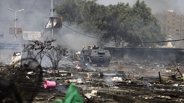 Egyptian police clash with Mursi supporters, many killed
