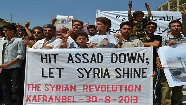 Washington moves closer to Syria strike as Putin challenges Obama to reveal evidence