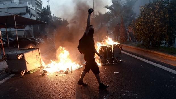 Greece: Anti-terror police probe far right