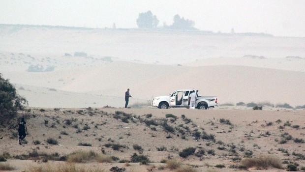 Egyptian army intensifies attacks on Sinai insurgents