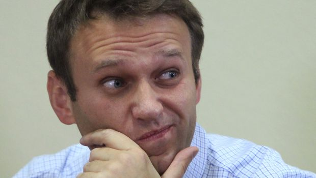 Russia: Court decides not to imprison Navalny