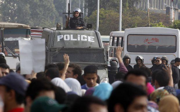 Egypt: Brotherhood students attempt to storm Al-Azhar