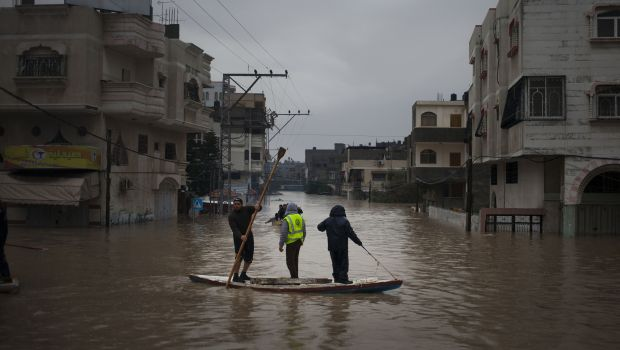 Gaza flooding drives 40,000 from their homes