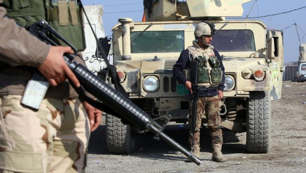 Iraqi forces ready for air strikes on Fallujah