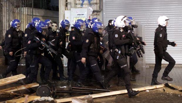 Turkish police purge reaches top ranks amid graft scandal