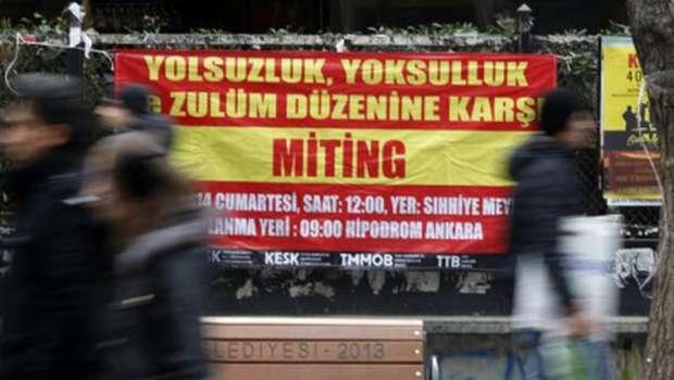 Turkish judicial purge brings corruption investigation to halt