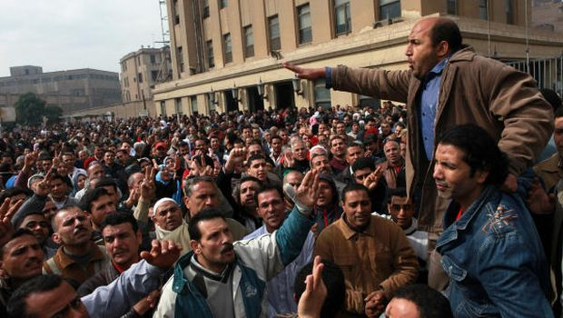 Egypt: Previous governments to blame for strikes—former ministers