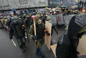 Peaceful protests after three days of violence. REUTERS/Gleb Garanich (UKRAINE - Tags: POLITICS CIVIL UNREST)