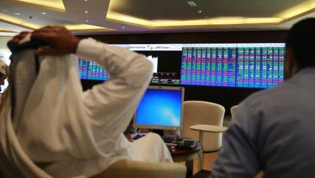 Qatar stock market drops sharply after Saudi, Bahrain, UAE decision