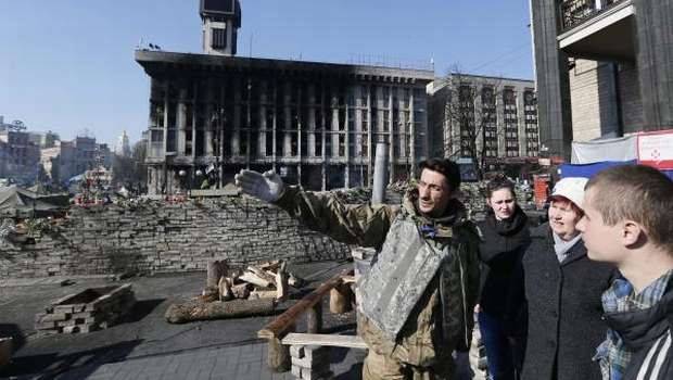 Russia warns Ukraine over 'lawlessness' in east