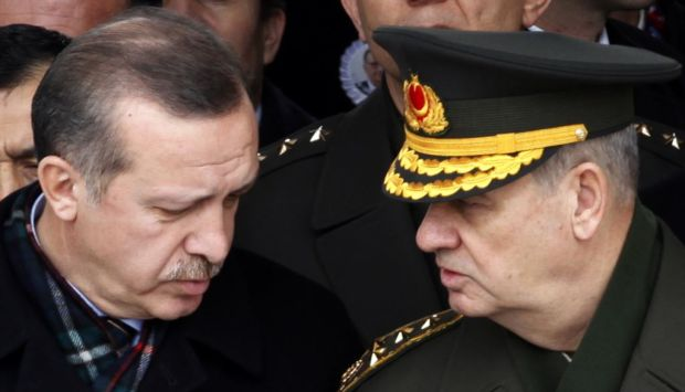 Top Turkish court backs ex-army chief's bid for release
