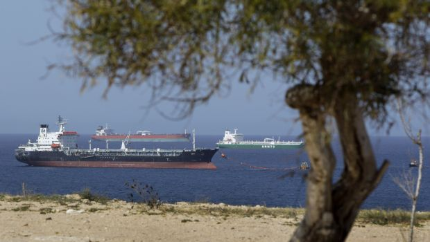 Libyan rebels, government agree to gradually reopen occupied oil ports