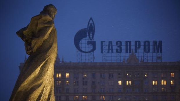 Russia tightens squeeze on Ukraine with gas price rise
