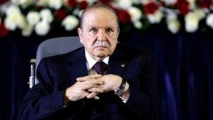 President Abdelaziz Bouteflika looks on during a swearing-in ceremony in Algiers April 28, 2014. (REUTERS/Louafi Larbi)