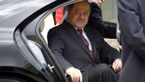 The president of Iraq's autonomous Kurdish region, Massoud Barzani, leaves the Elysée Palace in Paris on May 23, 2014, after a meeting with the French President. (AFP PHOTO/BERTRAND GUAY)