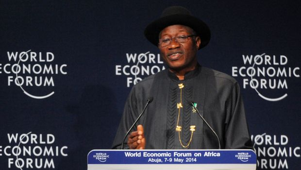 Nigeria's president pledges to free kidnapped girls