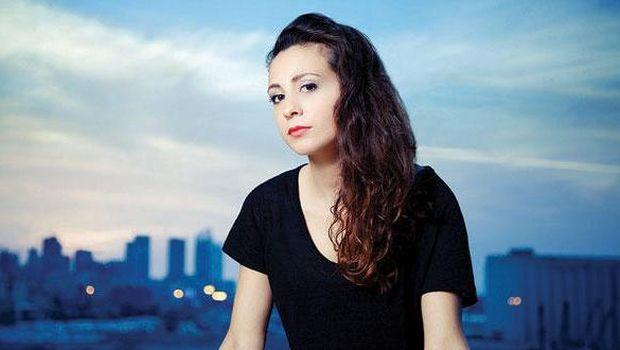 Lebanese pop singer goes viral