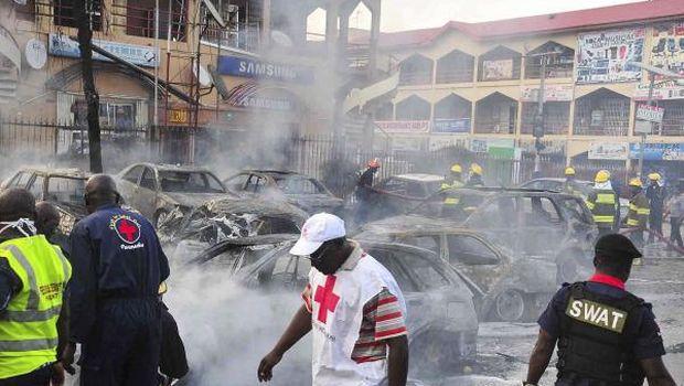 At least 21 killed in rush-hour blast in Nigerian capital