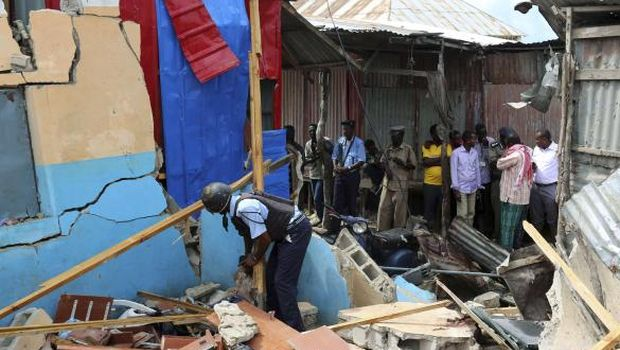At least two killed in Somali market bomb blast—government official