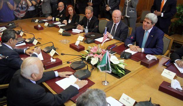 Egypt calls for Israeli, Palestinian peace talks