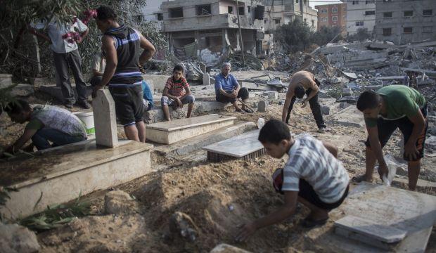 Israeli strikes on Gaza and rocket fire break lull