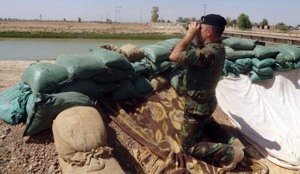 Kurdish fighters, US warplanes in push to retake Mosul dam