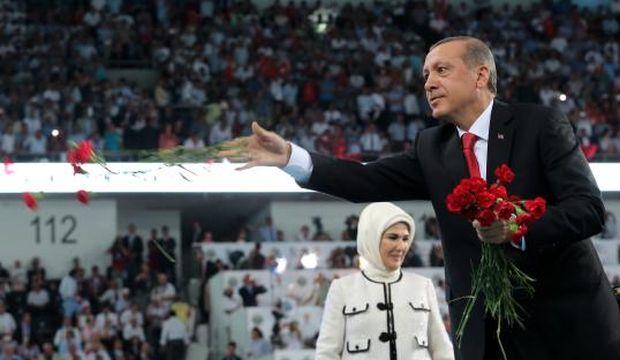 """President-elect Erdoğan heralds """"new Turkey"""" in last party speech"""