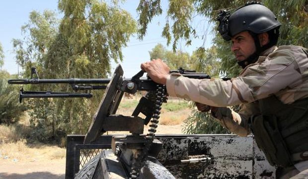 US planes strike militants near Iraq's Amerli, airdrop aid