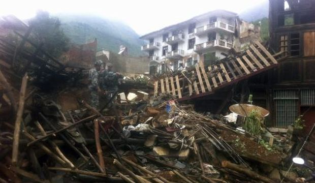 Death toll from earthquake in south China rises to 398