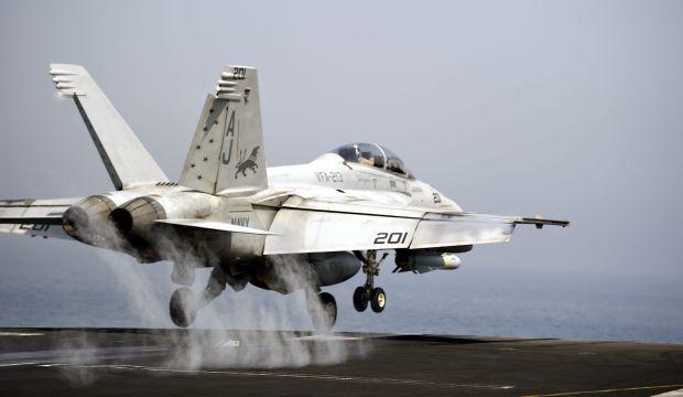US air strikes target militants near Iraq's Haditha Dam