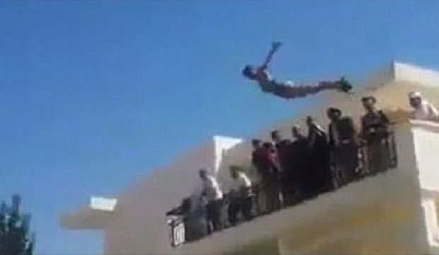 Opinion: Libya's Swimming Militiamen