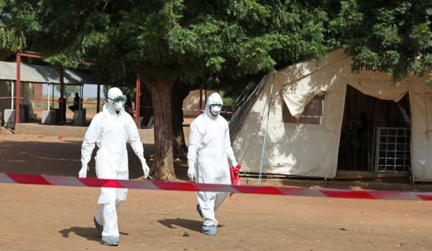 US isolates troops, Australia slaps visa ban on Ebola-hit West Africa states