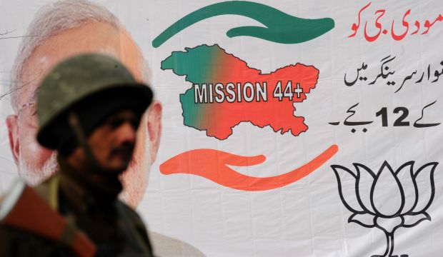 India's Modi takes political campaign to Kashmir separatist stronghold