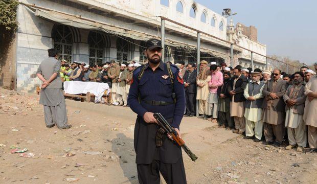 Pakistan mourns 148 slain in Taliban school attack