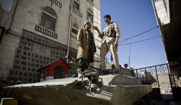 Shi'ite rebels, Yemen's president reach deal to end standoff
