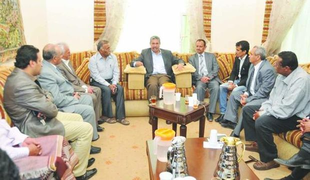 Yemen: Houthis release PM, cabinet members