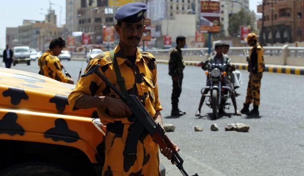 Yemen ruling party rejects Riyadh talks: senior member