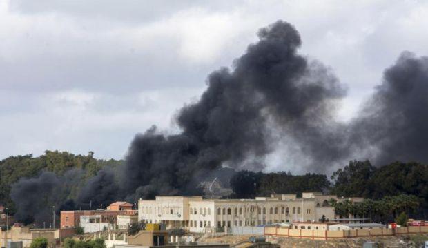 Libyan Air Force targets ISIS in Derna
