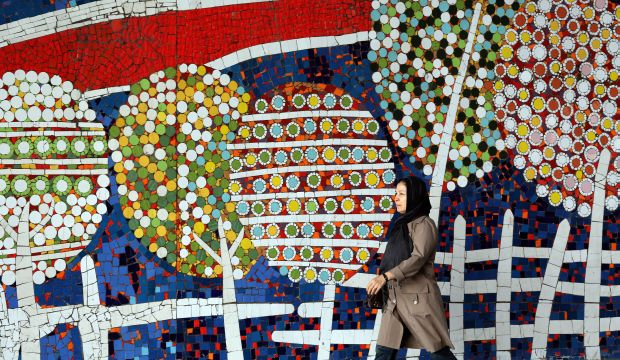 "Iran media bid farewell to a great ""lover"""