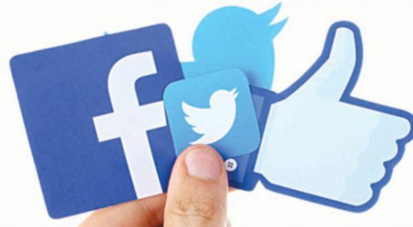 Twitter Sued, Facebook Retreats after Pressure