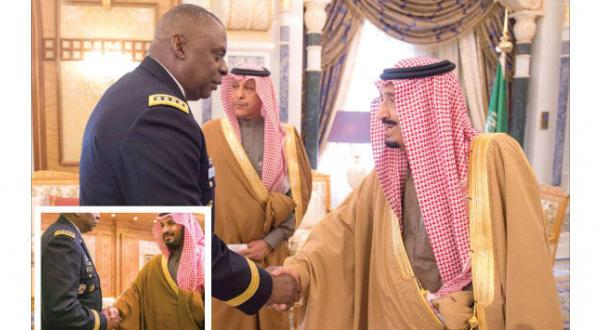 King Salman Receives Commander of US Central Command