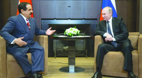 Putin, King Hamad Agree on Syrians' Right to Decide Their Fate